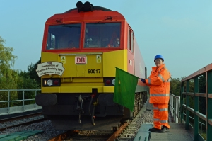 On the 11th September Transport Secretary baroness Kramer visited the line to see the work being done and officially open two important schemes. One was a new pedestrian subway, the other was the re-instatement of the Sleaford avoiding lines. Here's the Baroness flagging off a DB Schenker loco fitted with a commemorative headboad.