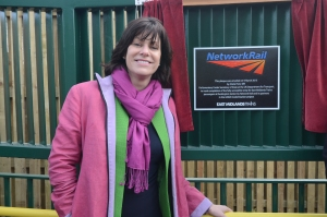 On the 9th March Transport Secretary Claire Perry MP had a busy day visiting the GNGE to see the completed works & talk to local stakeholders & the project team. One of her tasks was to unveil this plaque on the new  footbridge at Ruskington. This has replaced a barrow crossing, making the station both safer and accessible to all.
