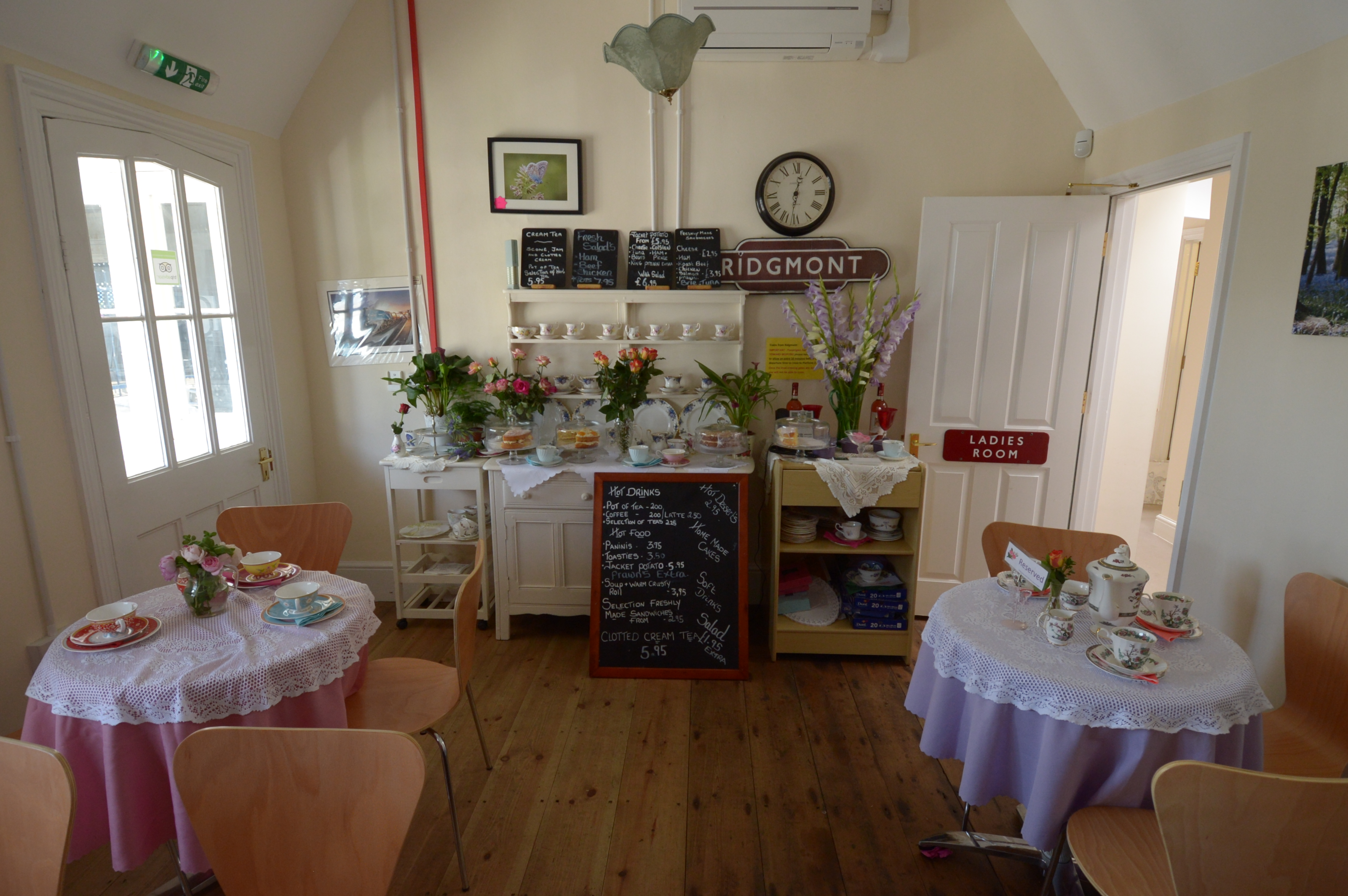 Dg Tea Rooms In