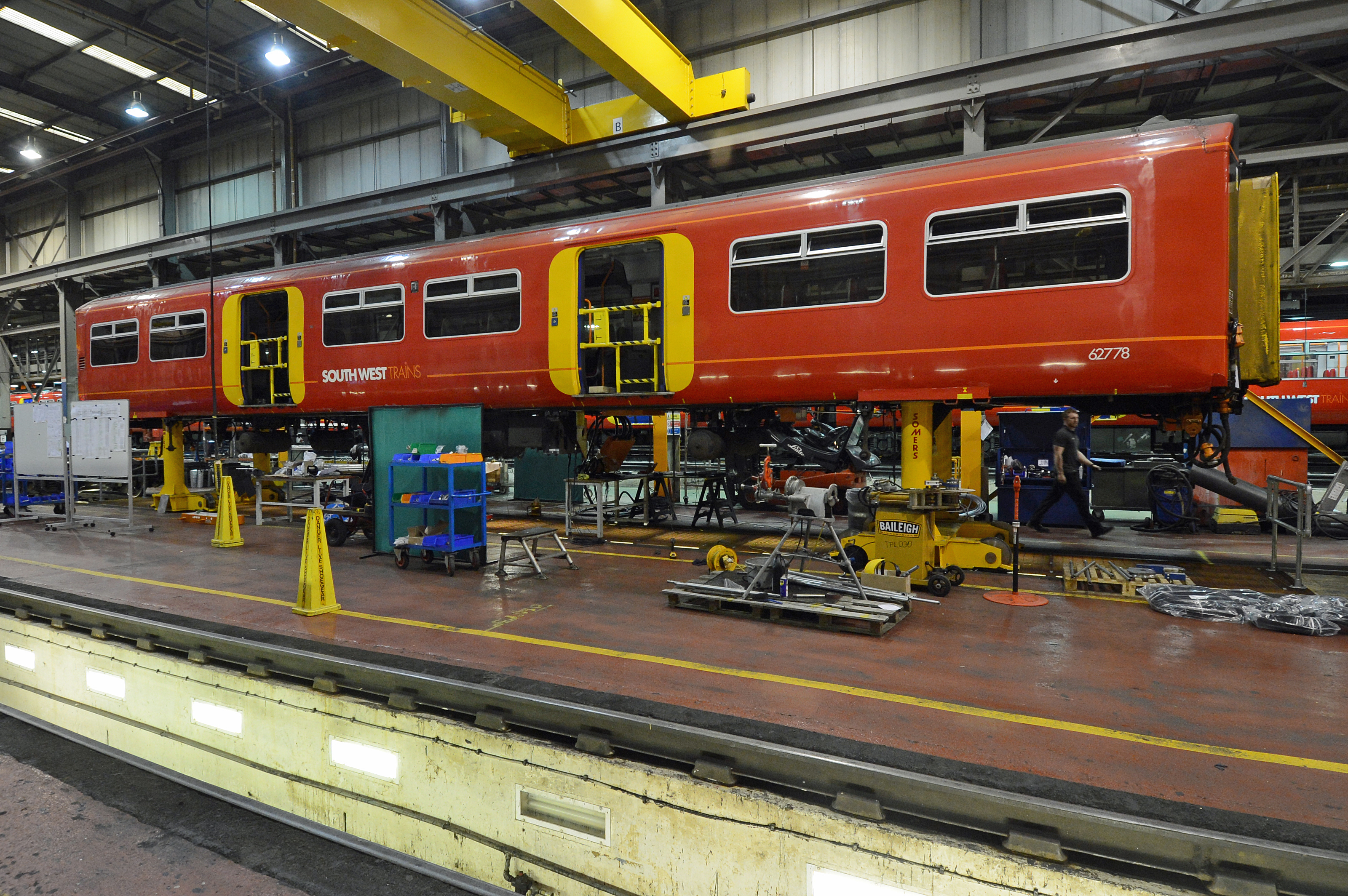 Fitting the AC traction package to 62778 from 5870