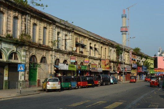 DG237136. Old colonial buildings. Justice Akbar Mawatha. Slave island. Colombo. Sri Lanka. 9.1.16.