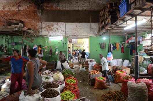 DG237334. Traders. Manning market. Colombo. Sri Lanka. 11.1.16.