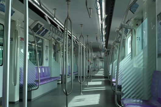 dg262555-interior-purple-line-train-khlong-bang-phai-thailand-11-1-16