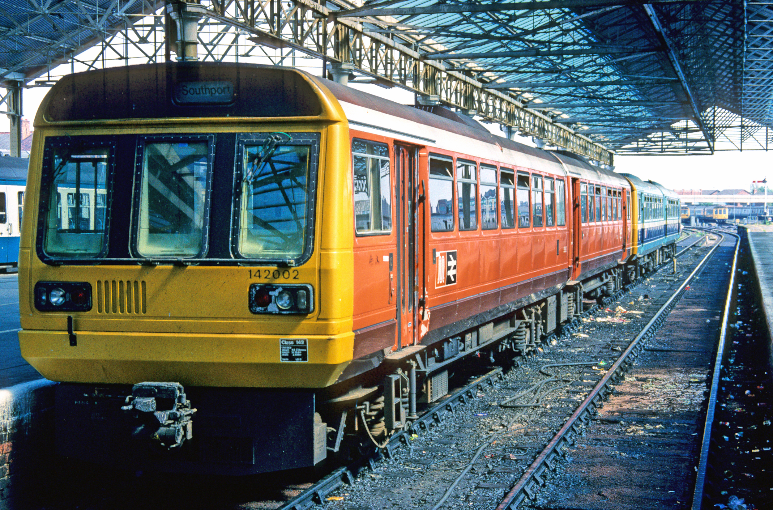 01250. 142002. Southport. 27.5.90.