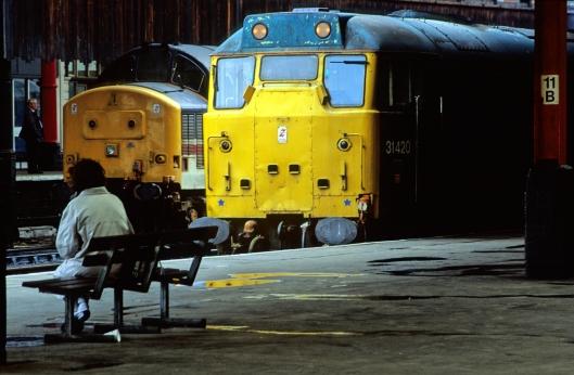 02625. 31420 Manchester Victoria. 19.6.91.