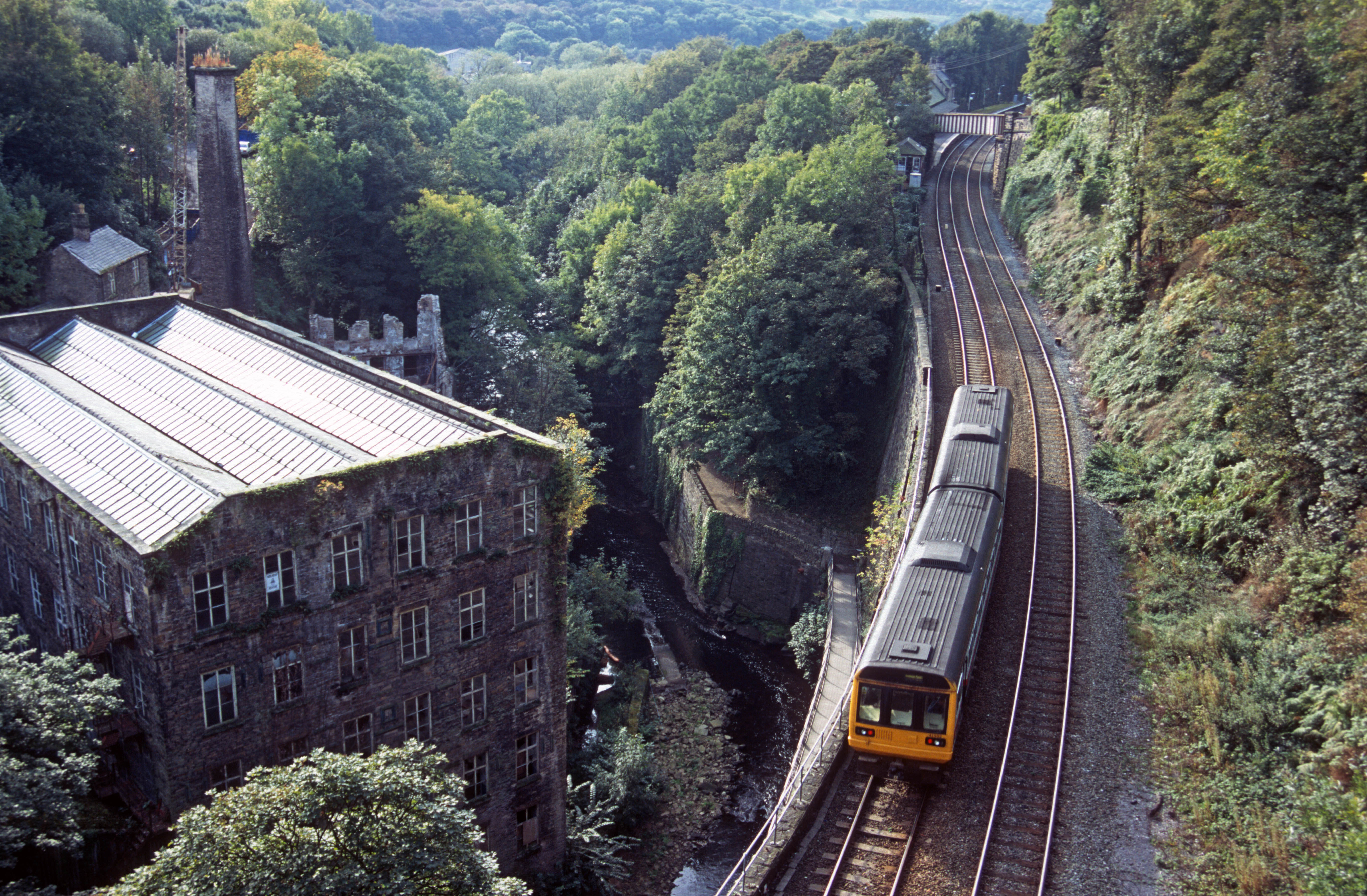 11099. 142003. Sheffield - Manchester service. New Mills. 7.10.02