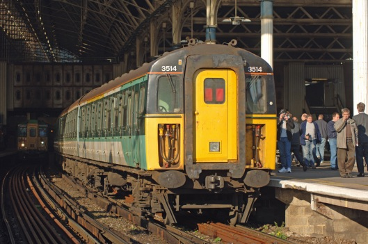 DG04928. 3514. London Bridge. 19.11.05.