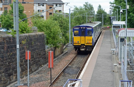 DG150985. 314204. Paisley Canal. 14.6.13.