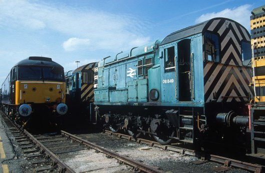 06118. 08849. Stored. Crewe works open day. 17.8crop