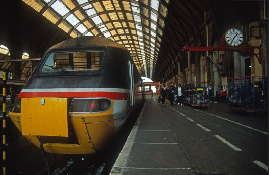 06166. 43116. 14.00 to Aberdeen. Kings Cross.17.9.96.crop