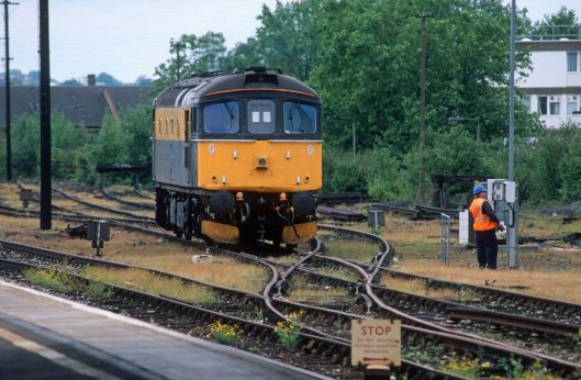 06707. 33026. Clapham Junction.15.6.97crop