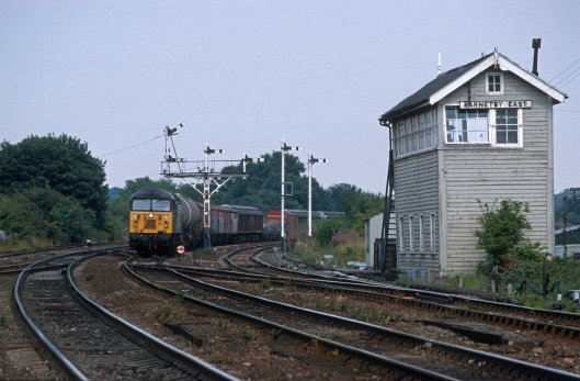 06999. 56063. 6D66. Immingham - Doncaster Enterprise. Barnetby. 3.8.99crop