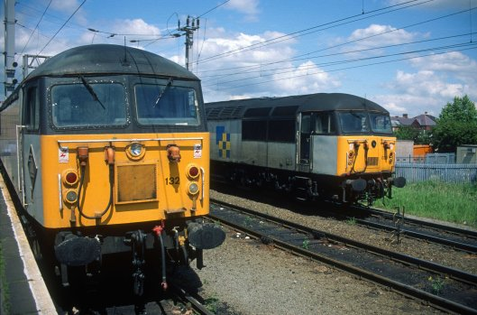 5022. 56132. 56033. Warrington Bank Quay. 20.6.95crop