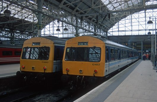 7614. 51189. 54085 and 53211. unit 657 on 13.08 to Rose Hill Marple. Manchester Piccadilly. 12.4.2000crop