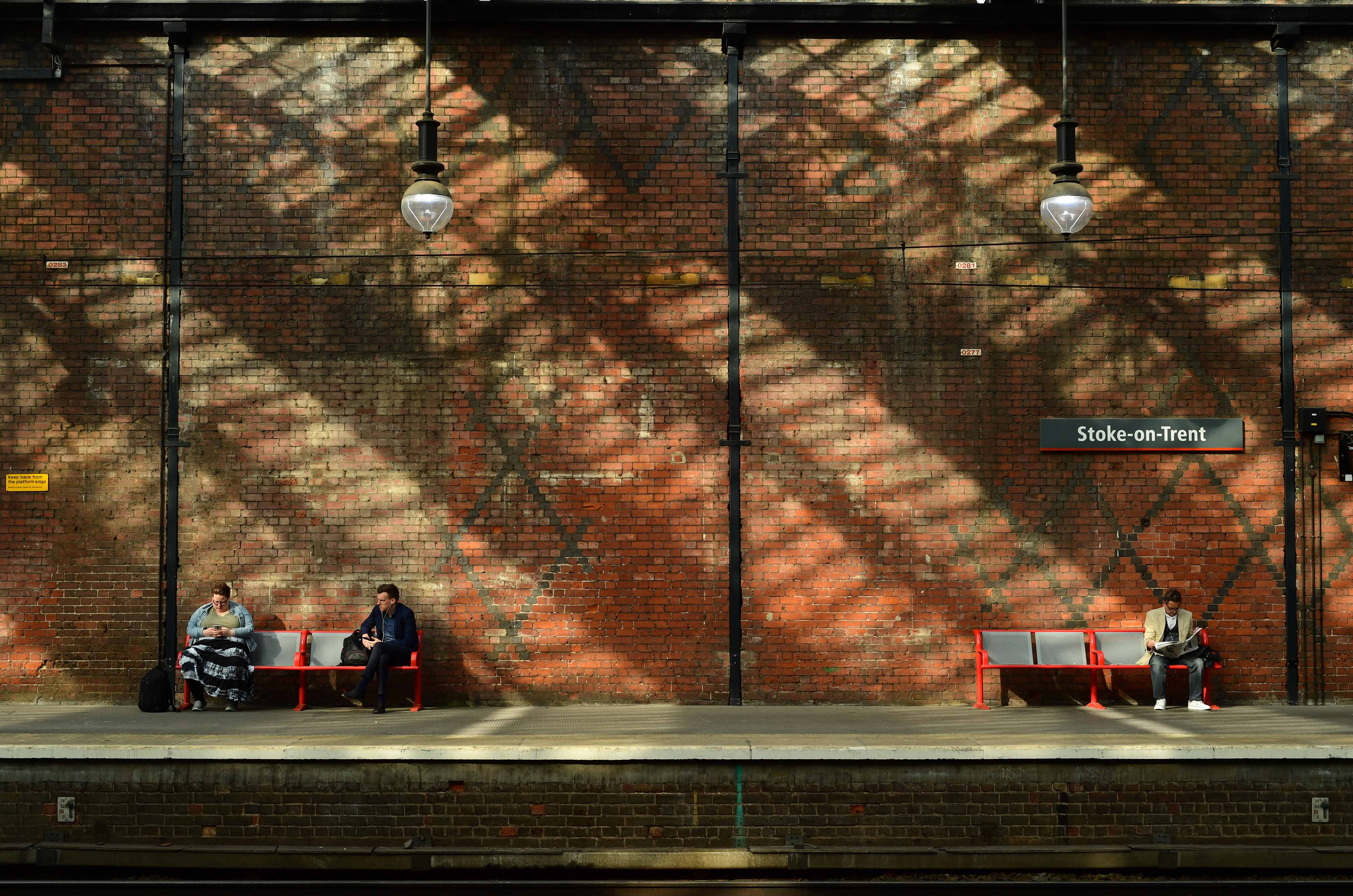 DG328841. Shadows and light. Stoke-On-Trent. 17.7.19.crop