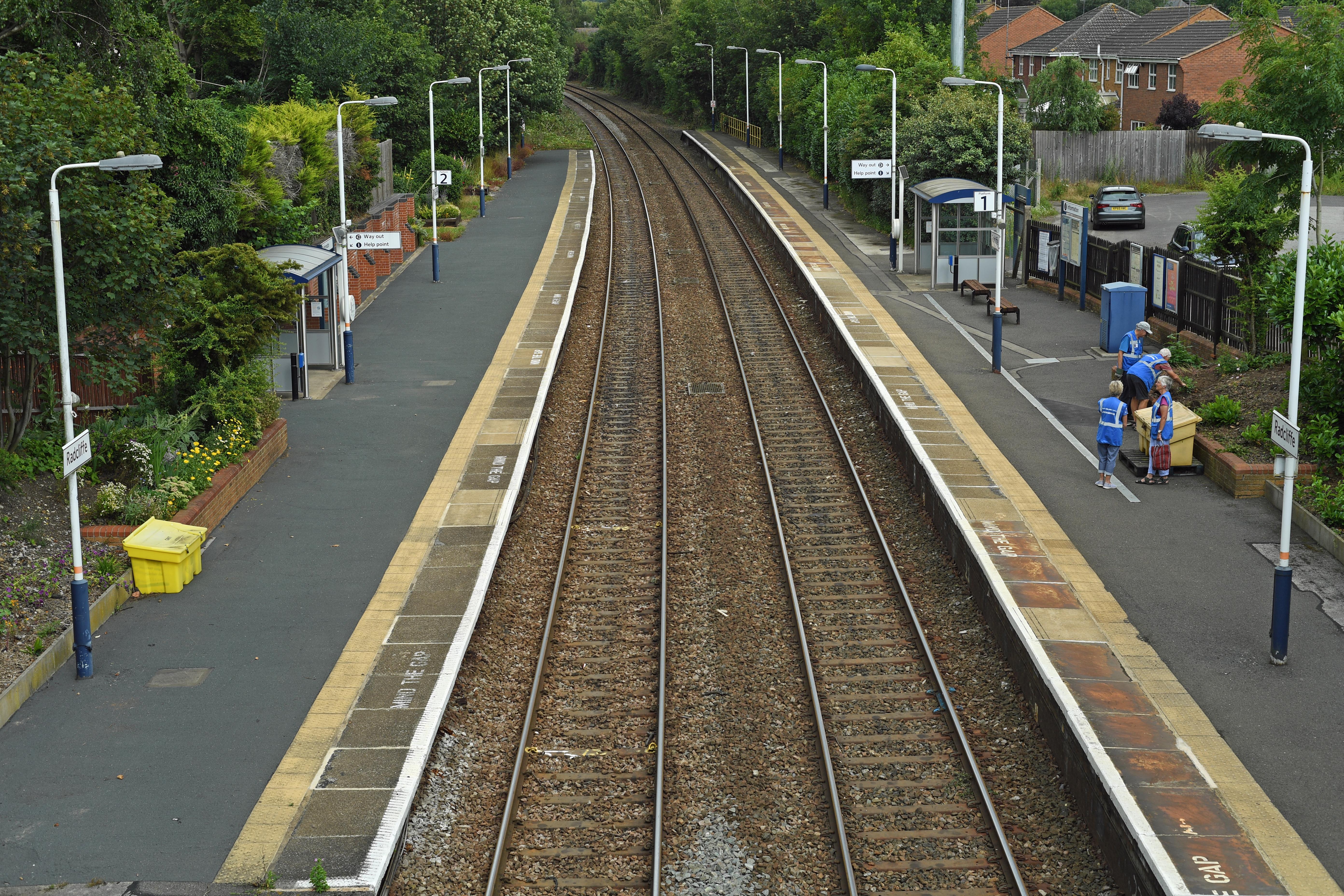 DG329174. Radcliffe station. 18.7.19.