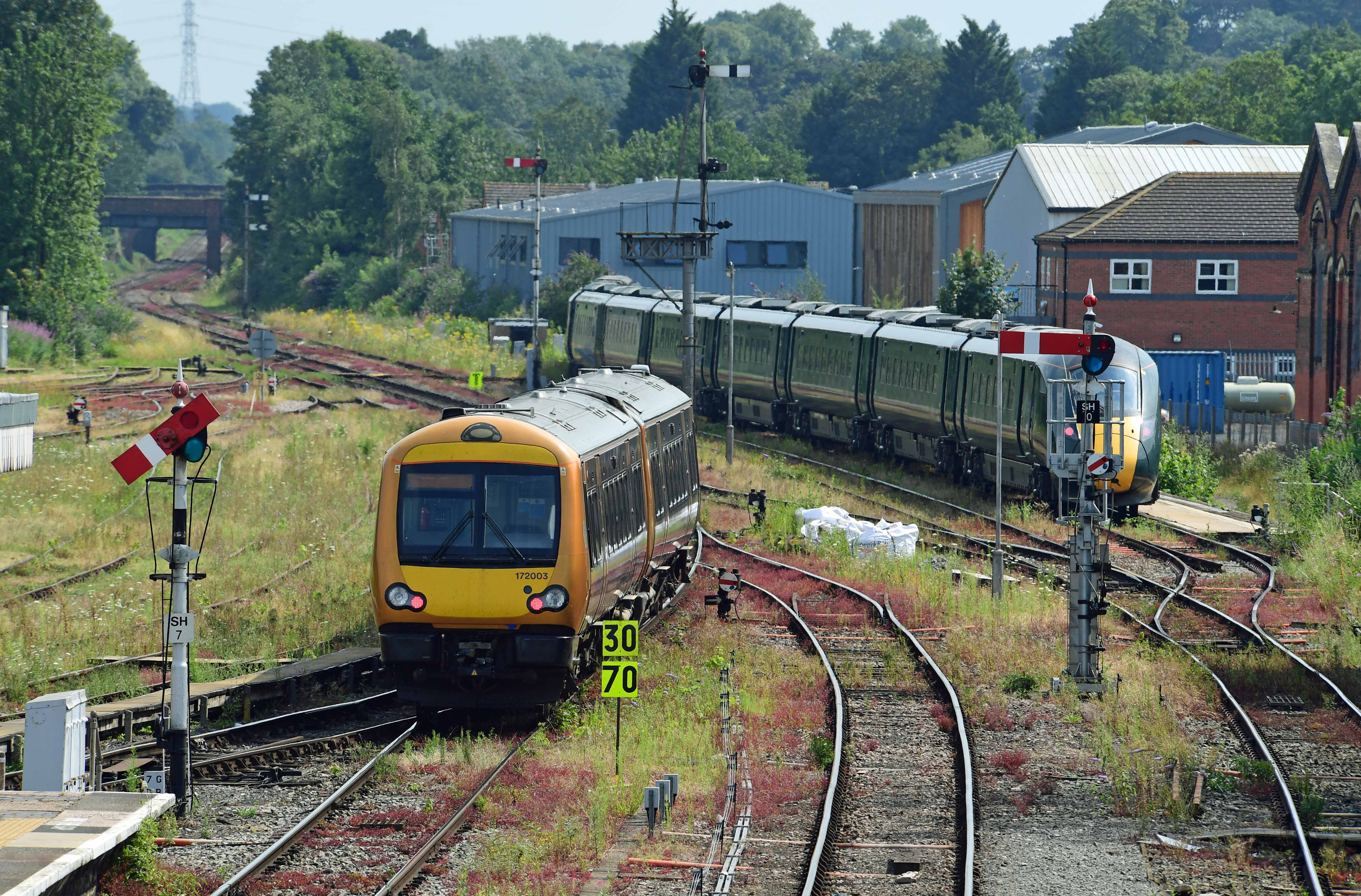 DG329539. 172003. 800311. Worcester Shrub Hill. 25.7.19.crop