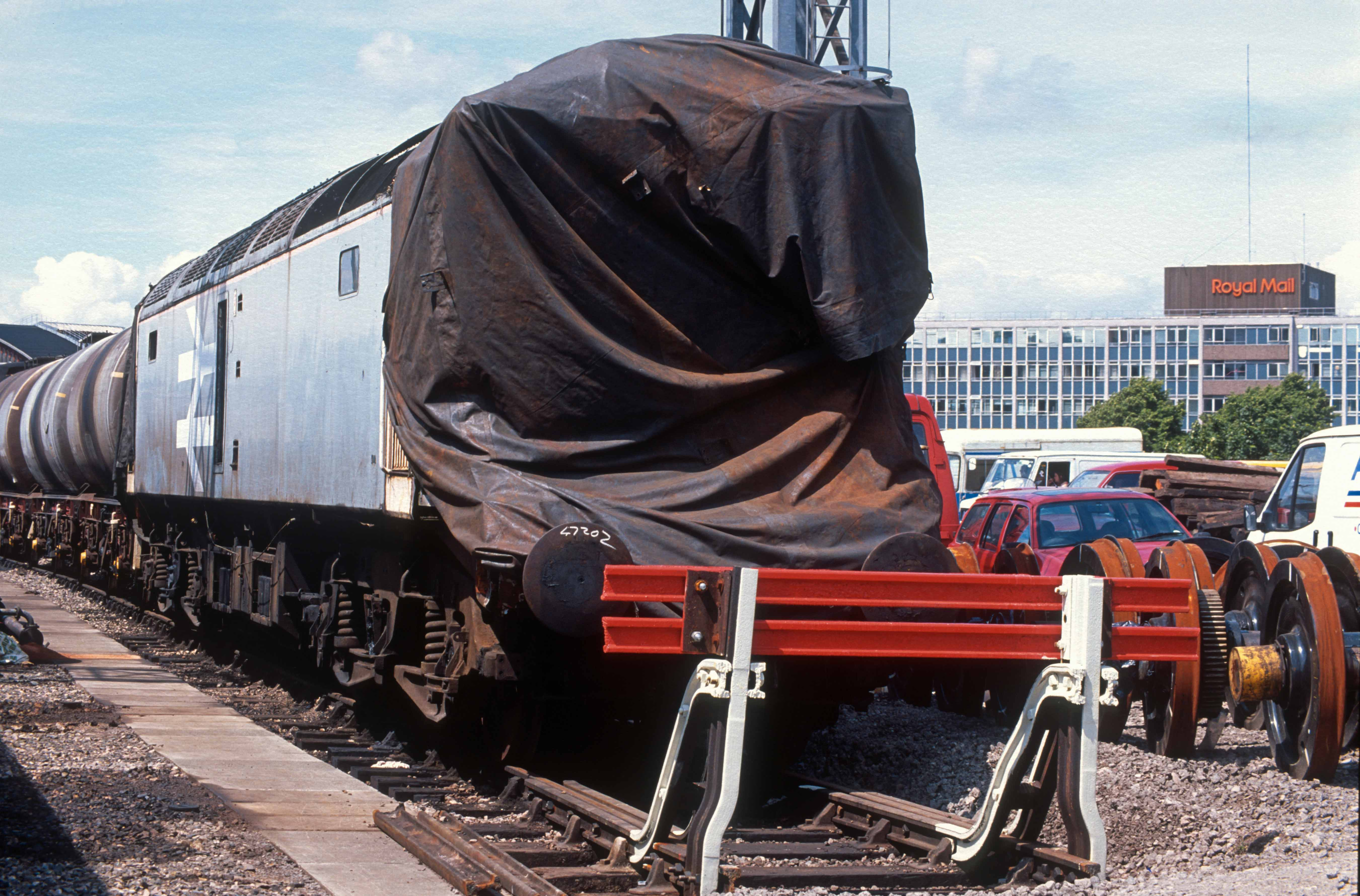 02743. 47202. Crash damaged. Bristol Bath Rd depot open day. Bristol. 26.06.1991crop