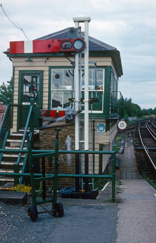 0023. Signalbox. Addiscombe. 02.09.1989.crop