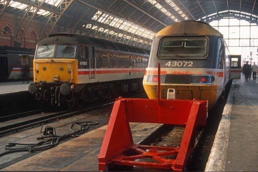 03137. 47853. 43072. Class 47 ex Nottingham. Class 43 is 16.00 to Sheffield. London St Pancras. 09.03.1993crop