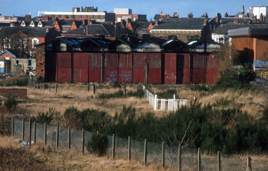 07520. Steamport closed and awaiting demolition. Southport. 09.01.2000 crop