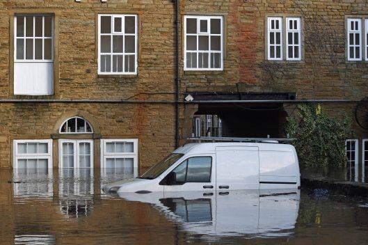 DG339636. Sowerby Bridge floods. 9.2.2020.crop