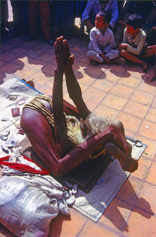T3300. Sadhu in the square. Bhatakpur. Kathmandu valley.Nepal.1992crop