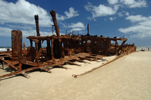 TD01986. Wreck of the Maheno. Fraser Island. Australia. 21.1.07.
